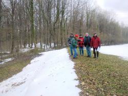 VRCK dans la neige, et visiteurs-marcheurs